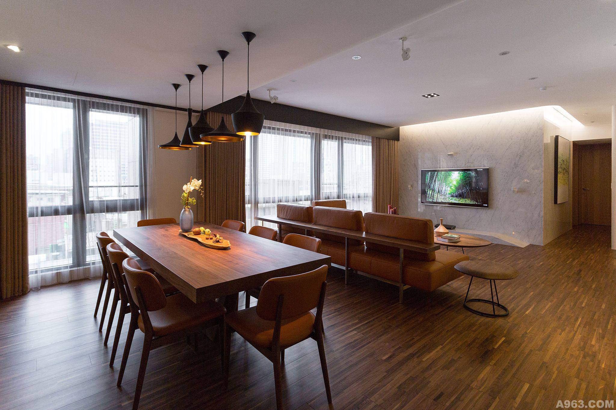 小客厅装修实木极简